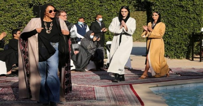 Holding a unique fashion show in Saudi Arabia