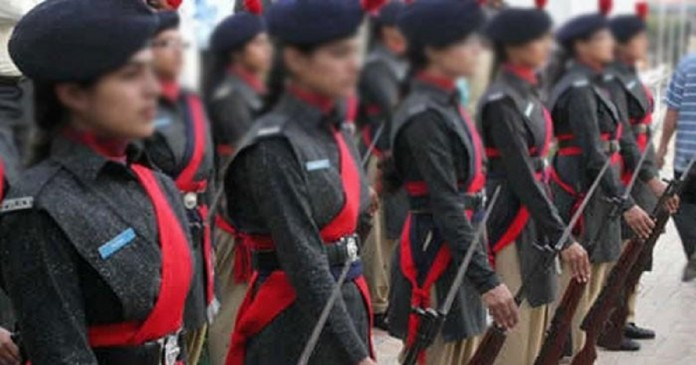 Promotion of 9 Lady Inspectors of Sindh Police to the post of DSP